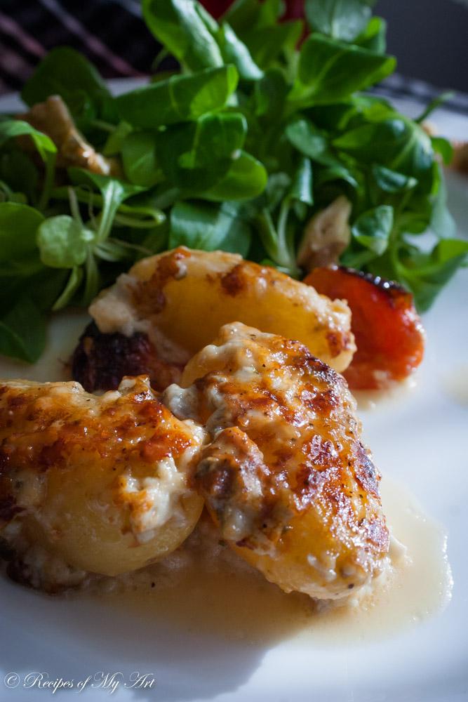 Gorgonzola Baked New Potatoes - Recipes of My Art